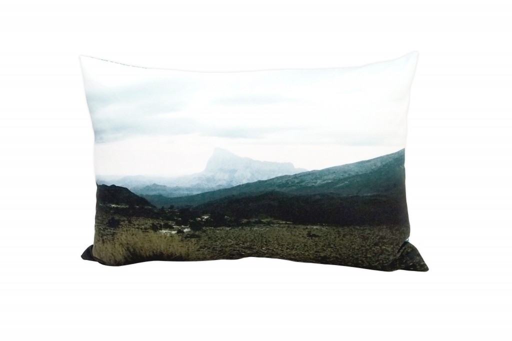 "pillow ""energyPlace"" Oman - Front"